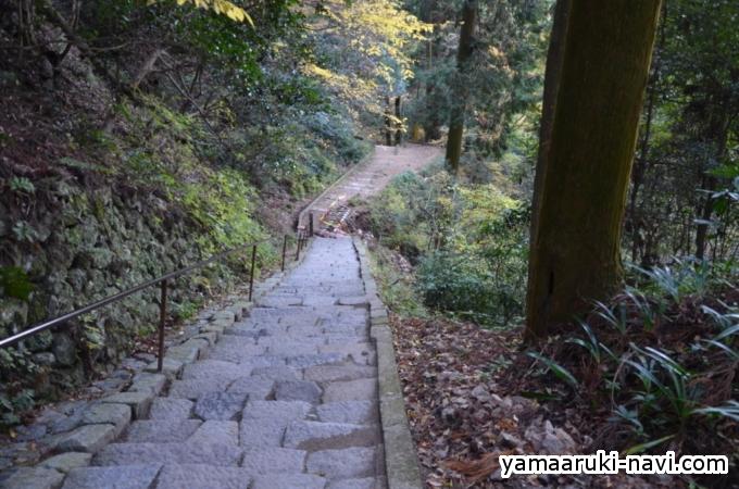 槙尾山施福寺
