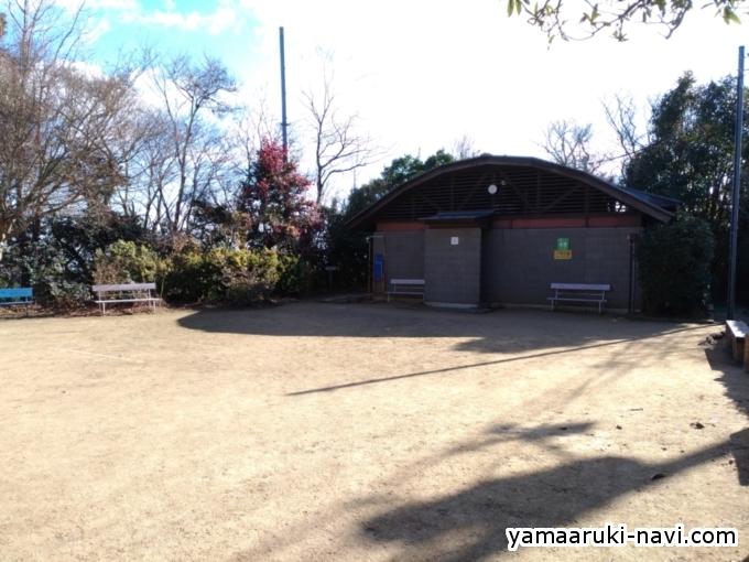 安井茶屋前広場