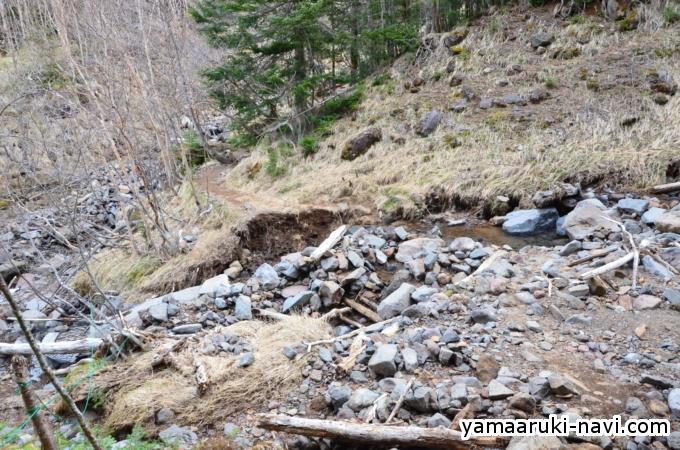 赤岳鉱泉から赤岩の頭へ