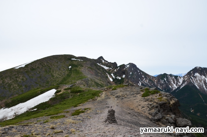 硫黄岳から硫黄岳山荘へ