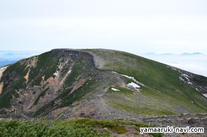 台座ノ頭から硫黄岳山荘へ