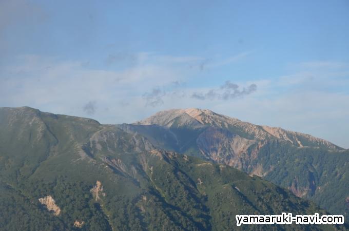 樅沢岳の中腹から見る野口五郎岳方面